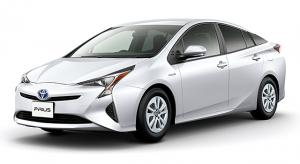 プリウスとヴィッツを比較!価格・燃費・安全性能・中古車価格の4本 ...